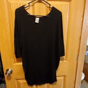 Black Agnes and Dora Dolman medium tunic.